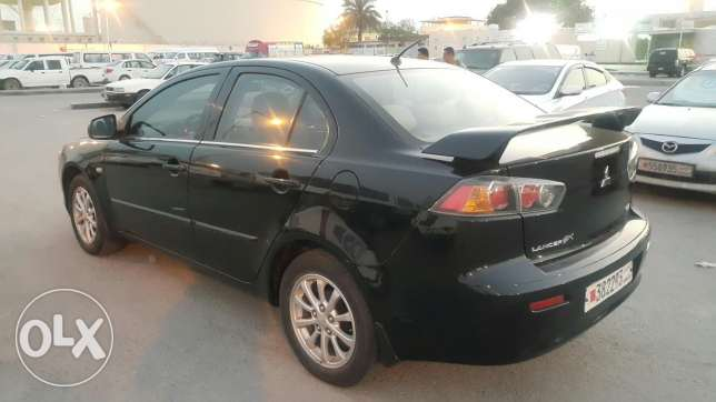 for sale mitsubishi lancer GLX model 2011