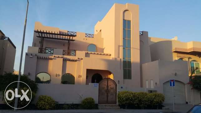 For rent, fully furnished luxury villa in Saraya1 near sant kristofer