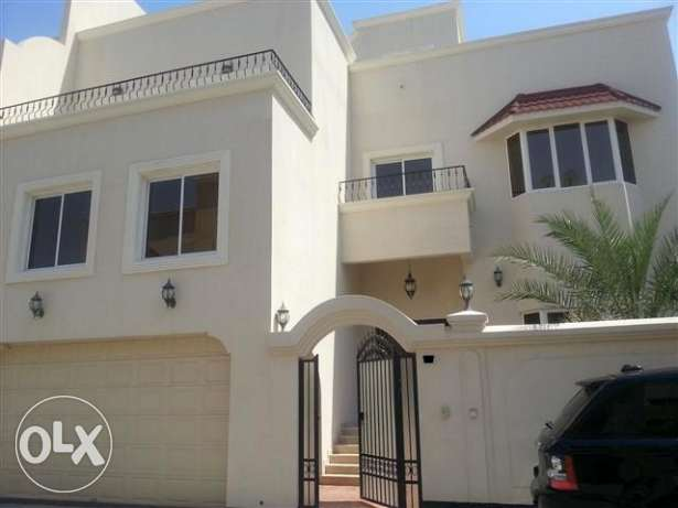 Beutifull Semi Furnished Villa At Riffa (Ref No:RFM10)