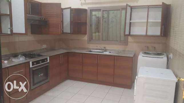 Super Spacious 2 Bedrooms Fully Furnished Flat for Rent in SANABIS السنابس -  3