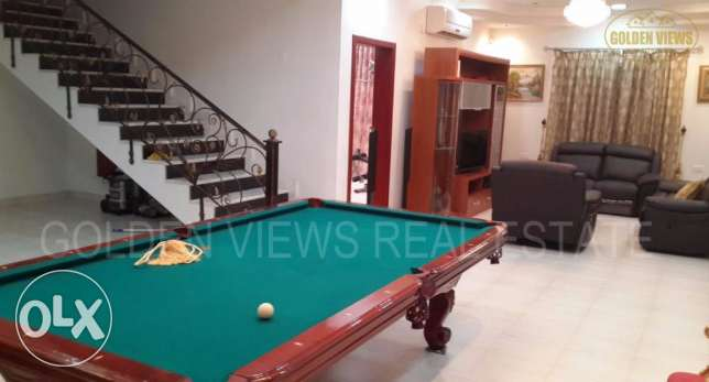 Hidd 6 Bedroom fully furnished villa with private garden - inclusive
