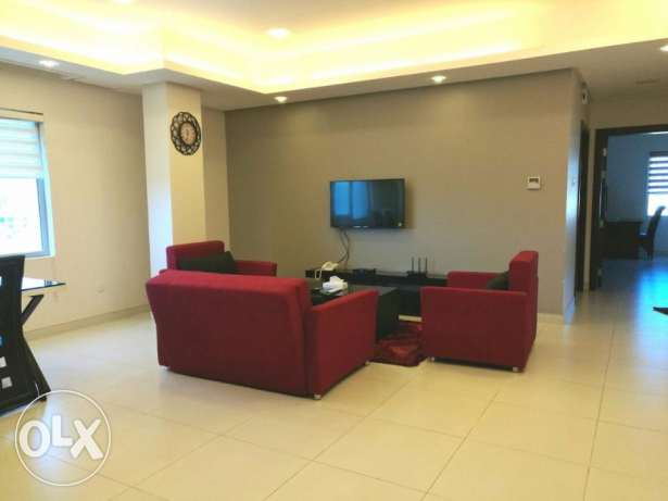 FULLY FURNISHED - 2BHK - CENT AC-Pool,gym,house keeping, internet