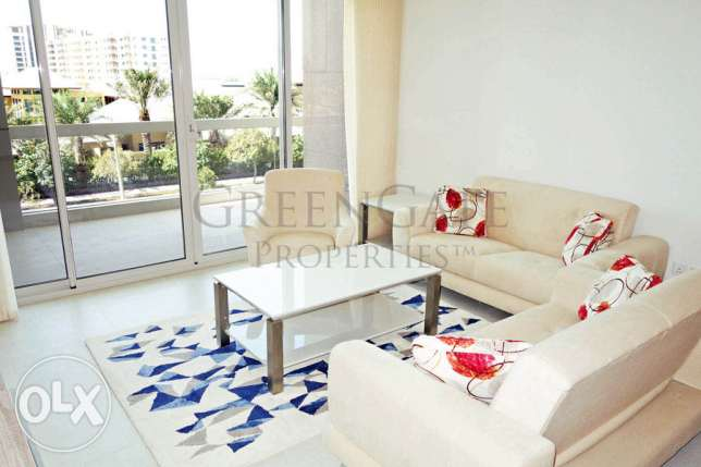 Stylish 3 Bedroom Apartment with Terrace