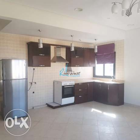03 bedroom apartment with balcony for rent