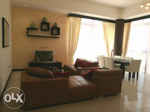 FULLY FURNISHED-POOL,GYM-3bedroom,3bathroom,hall,lift,kitchen,parking