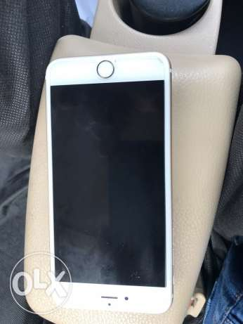 I phone for sale 17٠ is good  like new