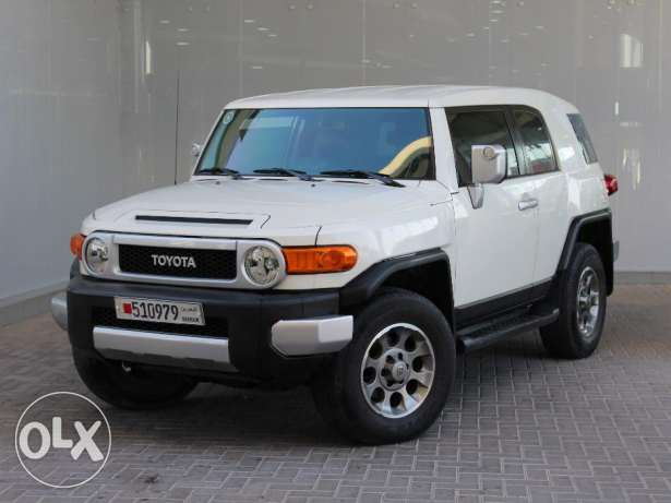 Toyota FJ 2012 White For Sale