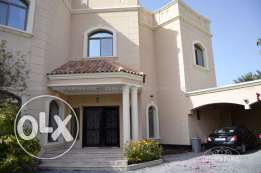 5 Bedroom semi furnished compound villa in Janabiya
