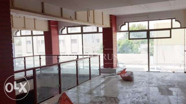 For rent a commercial showroom in Tubli. Ref: TUB-MH-009