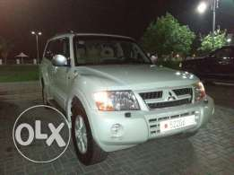 Jeep Mitsubishi Pajero V6 Exterior - white Color Engine Size - 3.8 L