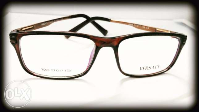Optical Frames in Clearance Price