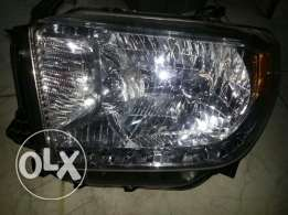 head light toyota tendra 2016
