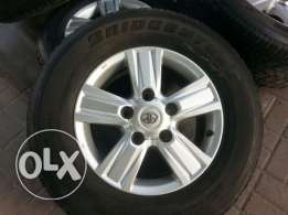 ALLOY WHEELS WITH TIRES (Land Ccruiser) for sale
