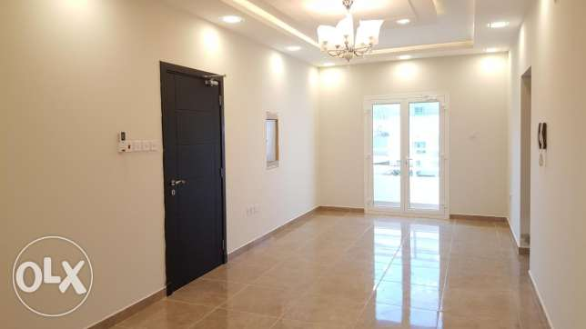 Three BHK apart/ Janabiyah/ spacious with split Ac