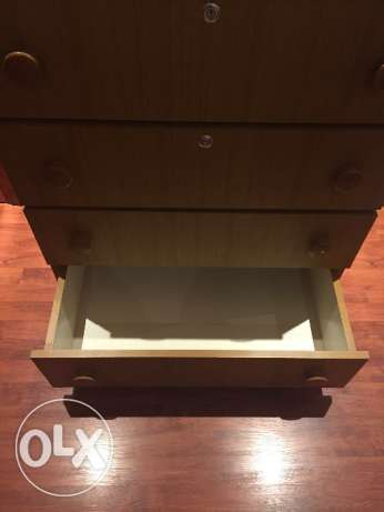 Selling a chest of drawers جفير -  4