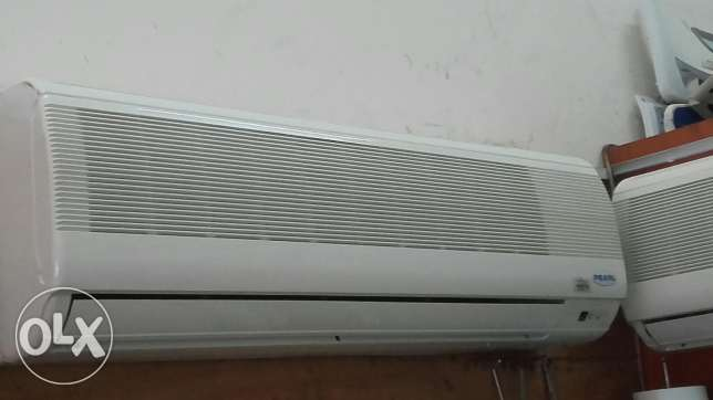Pearl split ac for sale good conditions good working with fexing
