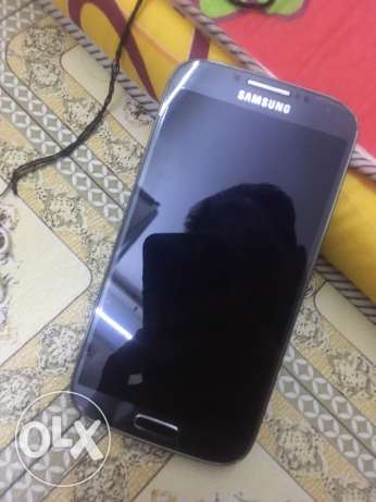 Samsung Galaxy S4 4G LTE gray in good condition