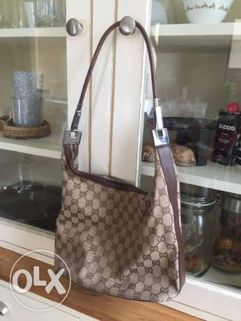 Gucci handbag for sale!!
