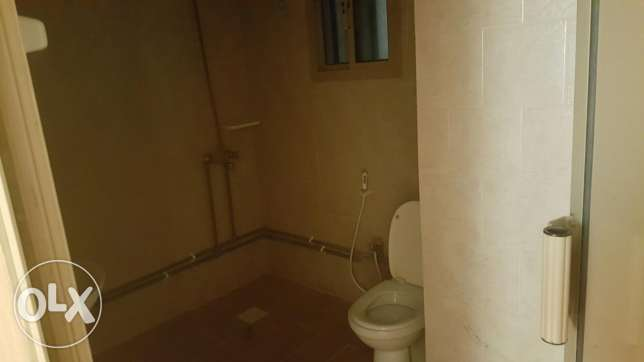 2 bedrooms 2 bathrooms for 180 الرفاع‎ -  3