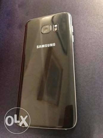 I selling my samsung galaxy S7 edge 32GB phone in a black colour