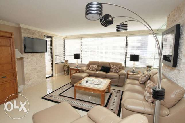 Modern 1BR apartment furnished with great view Amwaj Islands!