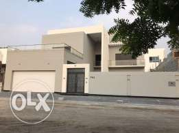 Lxuxry Villa For Sale in Saar