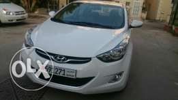 For sale hyundai elentra 2014 white