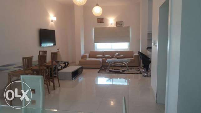 3 Bedrooms flat for sale at janabiya
