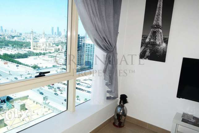Two Bedroom Apartment with Landmark View