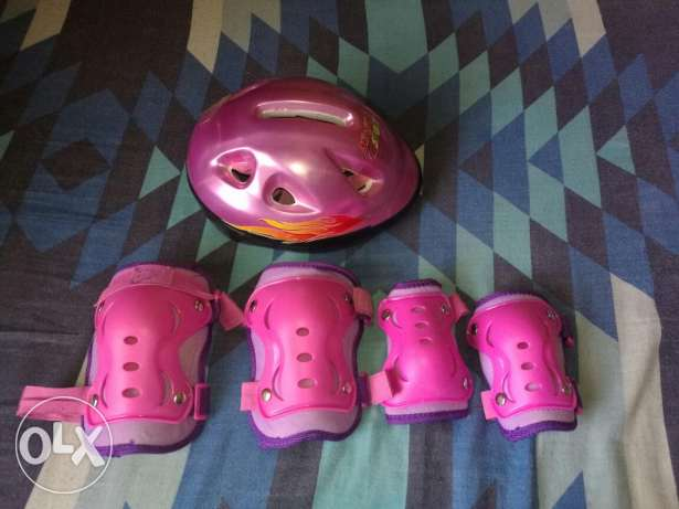 Girls protective accessories for cycling المنامة -  1