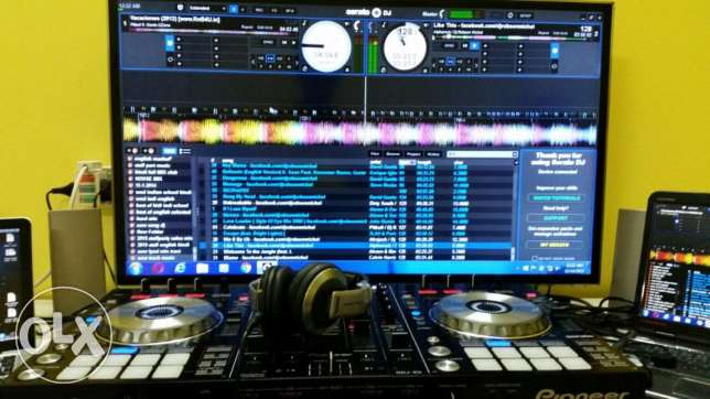 DDJ-SX 4-channel controller for Serato DJ with Dual Deck Control