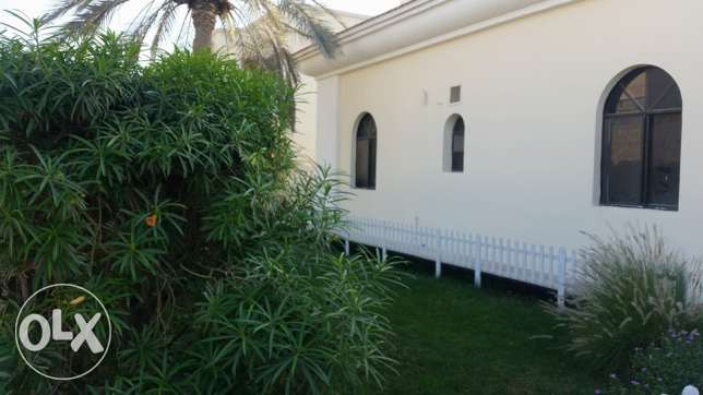semi furnished villa close to Saudi causeway INCLUSIVE