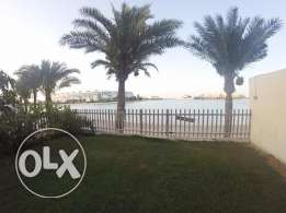 Beach front 3 bedroom villa in Amwaj island