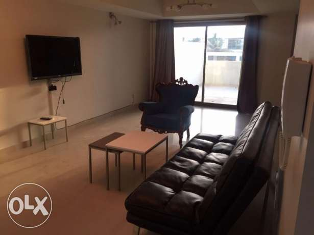 2 bedroom semi-furnished apartment for rent in Amwaj