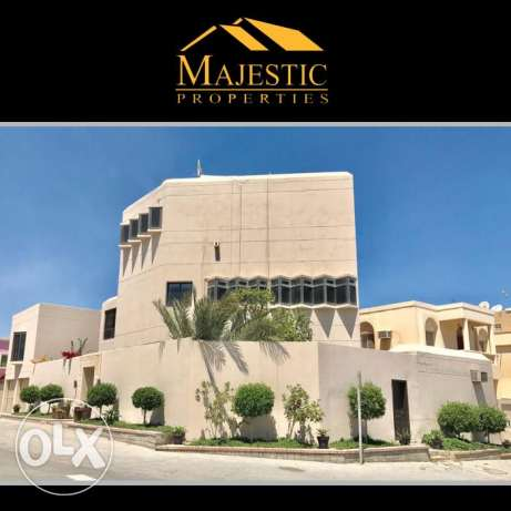 Luxurious Villa for Sale in Riffa Al Hajjiyat Area