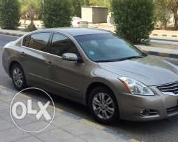 Nissan Altima 2011 immaculate condition