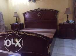 For Sale Bedroom Set Used less than 1 Year