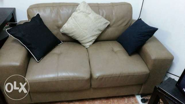 Sofa set 3 seat and 2 seat + table, slightly used