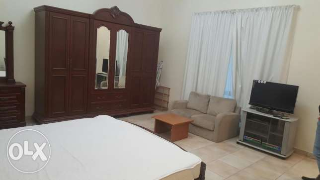 Fully furnished studio flat in juffair all inclusive Bd 300