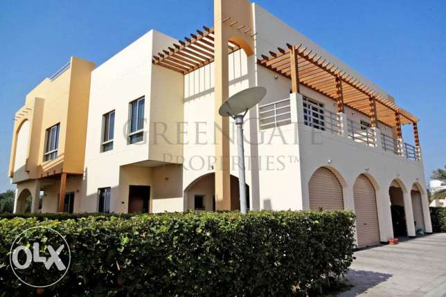 4 Bed Compound Villa with Private Garden