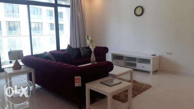 Brand new 2 Bedrooms apartment with modern furniture fully furnished جزر امواج  -  6