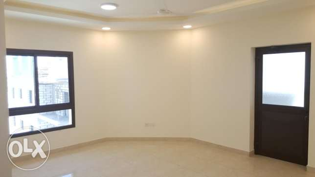 Buhair/2 BR flat for rent /Brand new flat, pool + gym + balconies