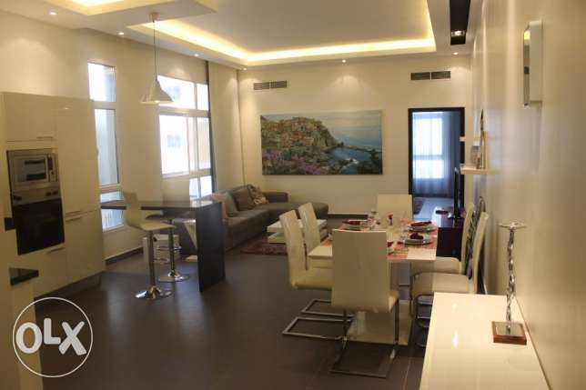Modern lovely 2 BR in Janabiya