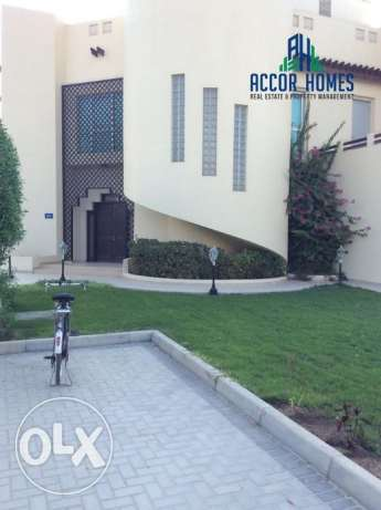 Modern and luxurious 4 BHK semi furnished villa in Hamala for BD 1600/