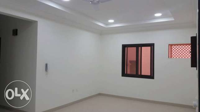 unfurnished apartment in isa town nest new Indian school
