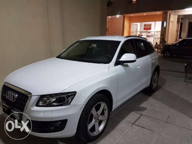 Audi Q5 2013. BHD 8500 Negotiable. Registration, Insurance.