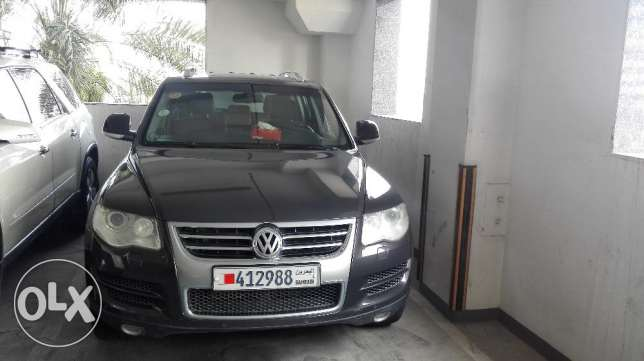 VW Touareg V8 2009 Full Option (118000 KM)