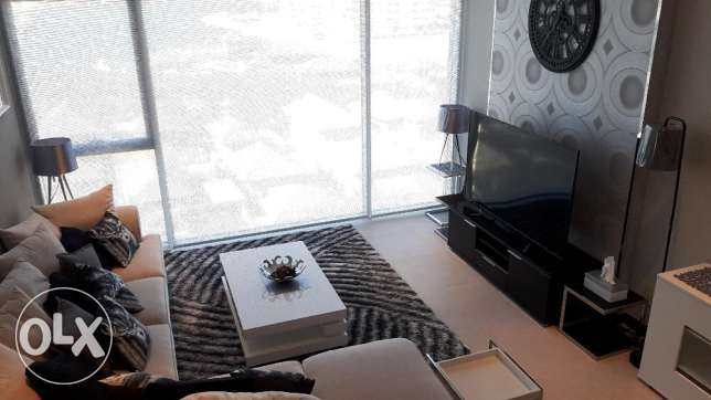 Very elegant and modern 2 bedrooms apartment for rent in Reef island
