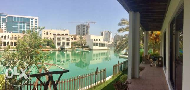 Amazing and spacious 4 bedroom villa in Amwaj Floating city