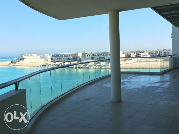 Luxurious 5 Bedrooms Penthouse semi furnished amazing open sea view